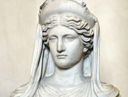 Деметра, дочь Кроноса, богиня плодородия и земледелия