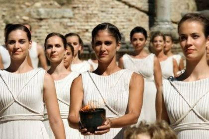 Диона, богиня дождя и источников, возможная мать Афродиты