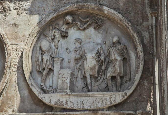 Адриана приносит жертву богу Сильвану