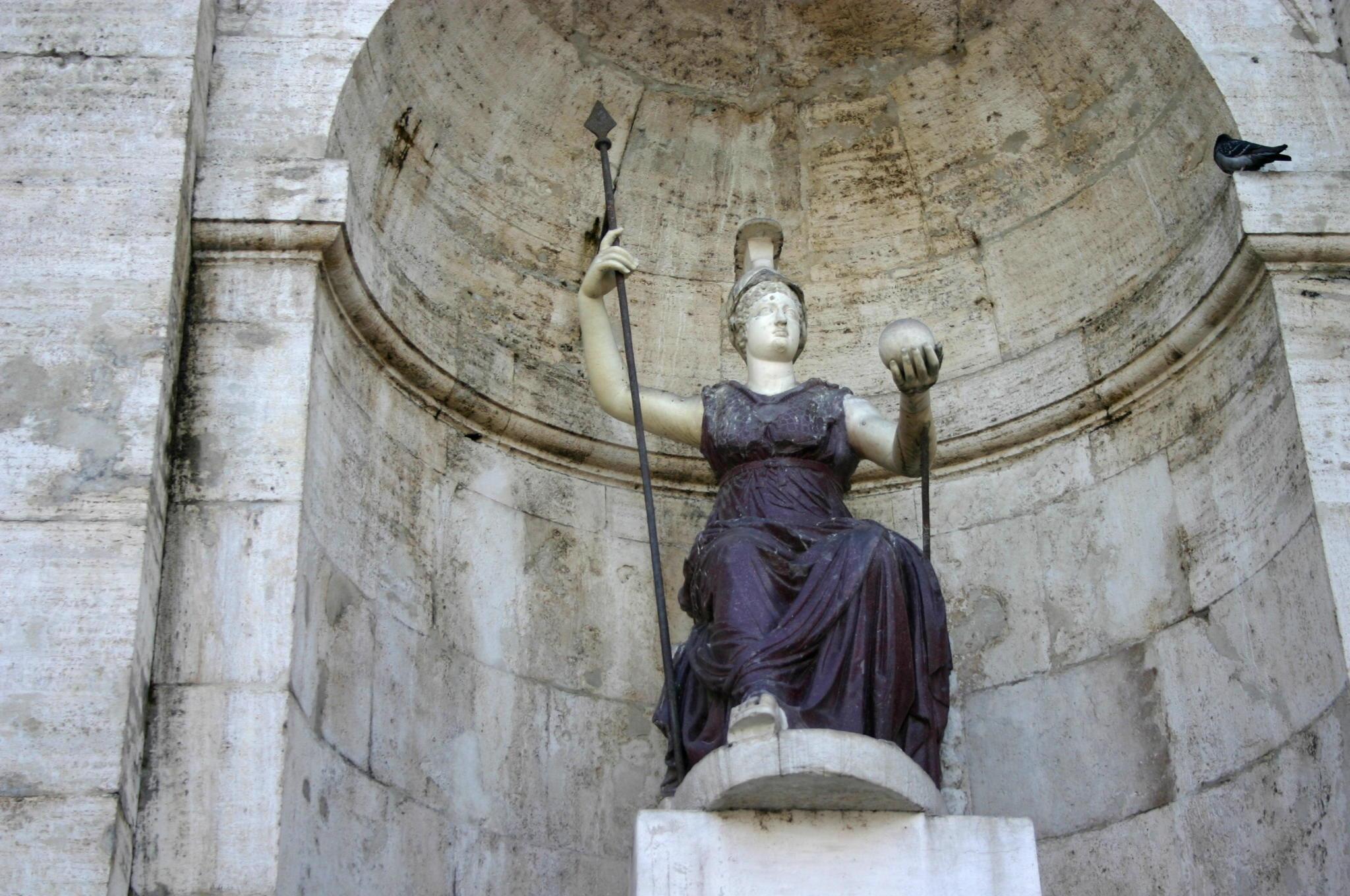 фонтан богиня рима