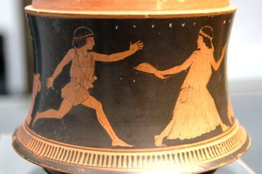 Пелей преследует Фетиду