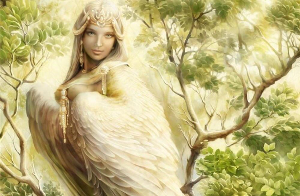 Алконост — райская птица с чарующим голосом