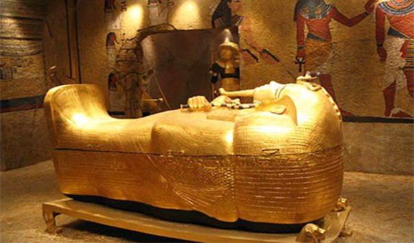 Смерть и «жизнь» после смерти Тутанхамона