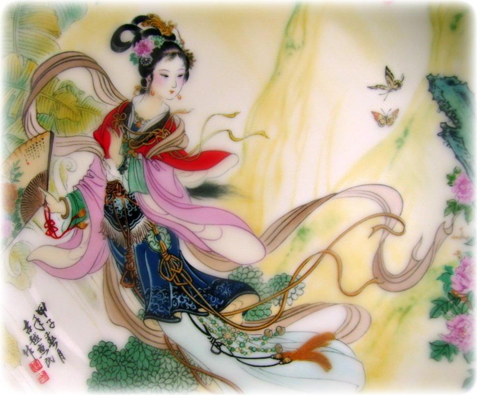 chinese-quan-yin-with-fan