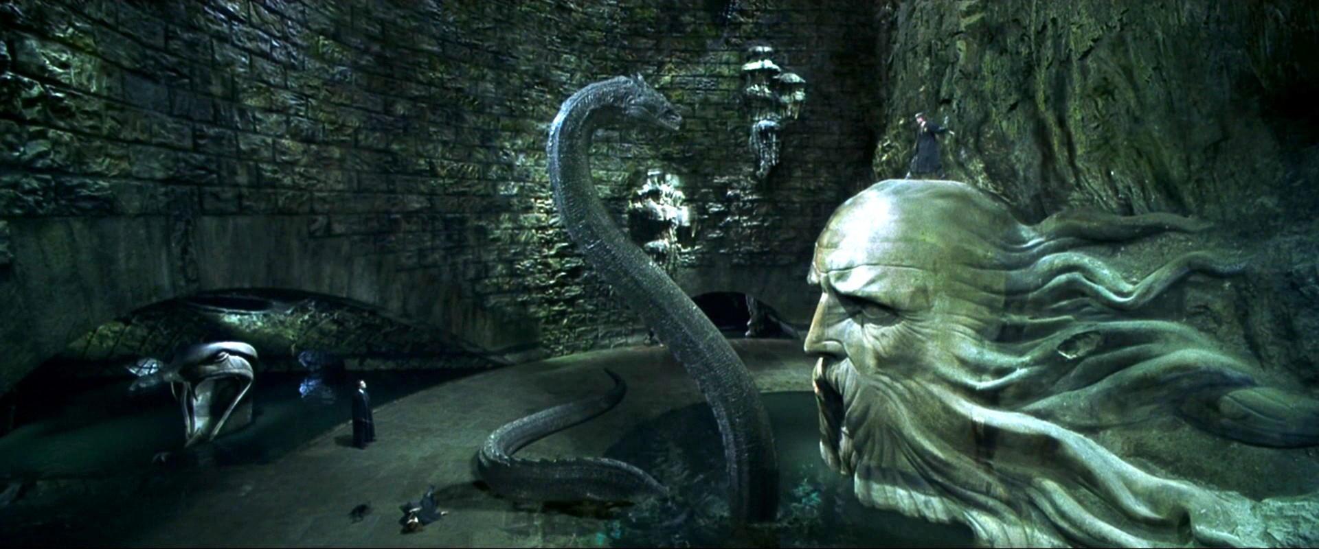 Василиск — мифологическое чудовище с головой петуха